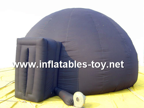 Portable Inflatable Planetarium Dome for Digital Projection